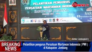 , Wakil Ketua PWI Pusat Jatim Lantik Pengurus PWI Jombang,