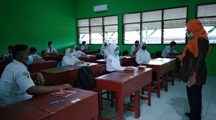 , Siswa – Siswi di Jombang Antusias Ikuti Pembelajaran Tatap Muka,